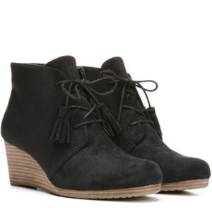 Dr Scholl's Dakota Memory Foam Wedge Ankle Booties